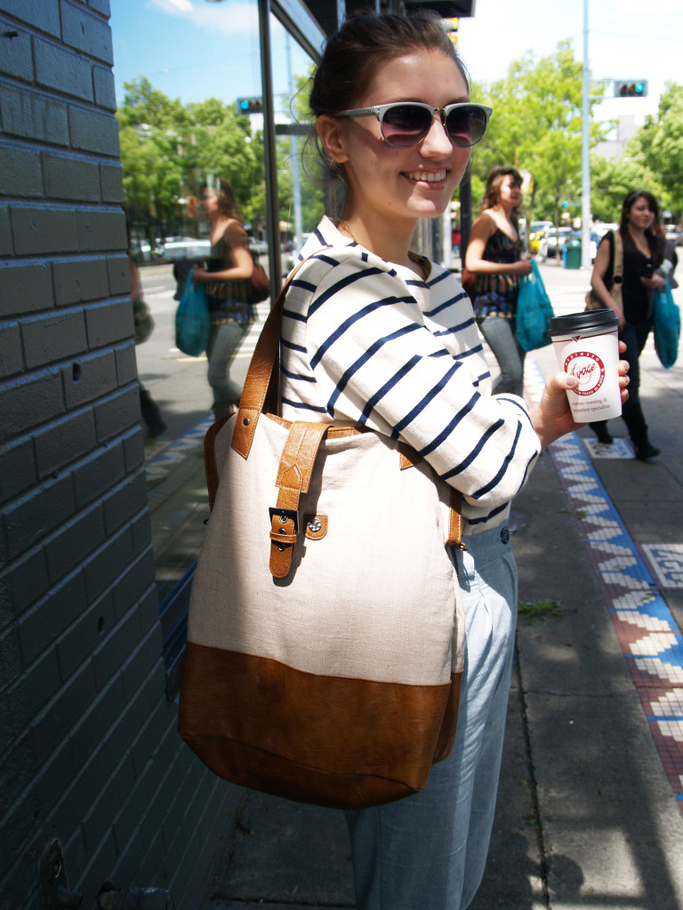 Capitol Hill, Seattle Street Style: Canvas hobo bag