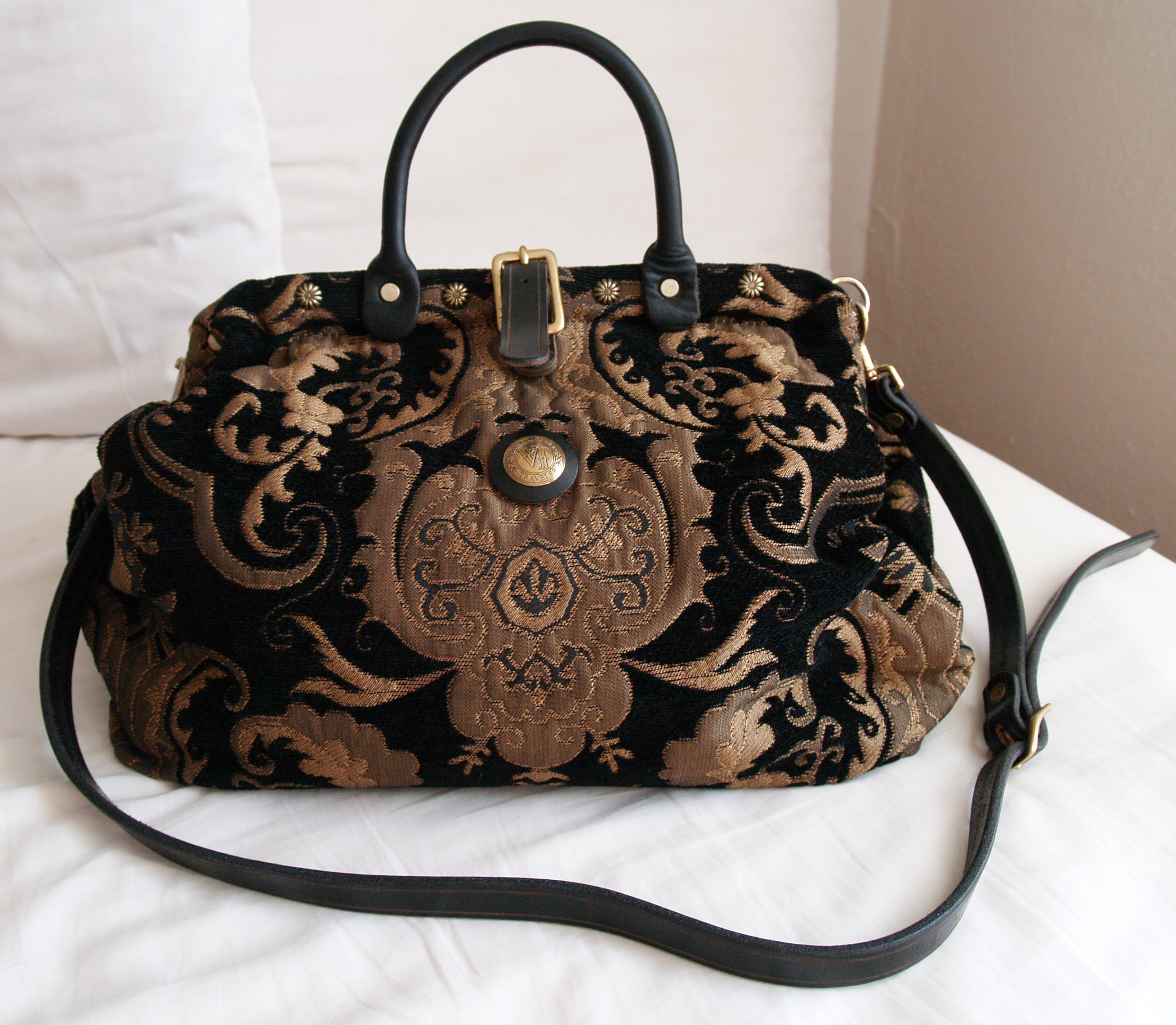 In Our Closet Victorian Carpet Bag The Emerald Palate